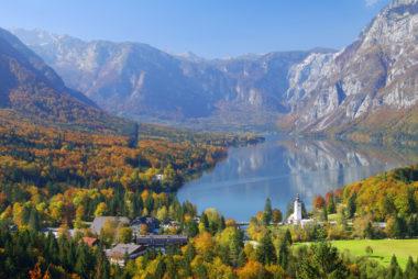 Жемчужина словении озеро Бохинь