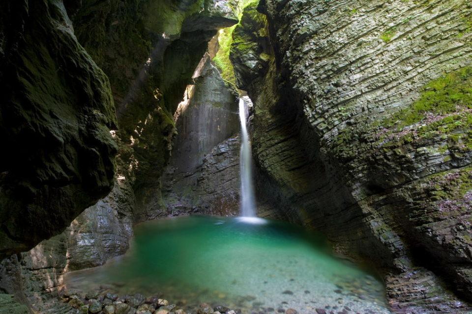 Водопад Козьяк в Словении.