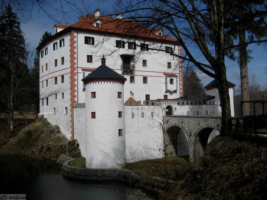 Замок Снежник