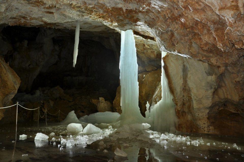 Snežna jama