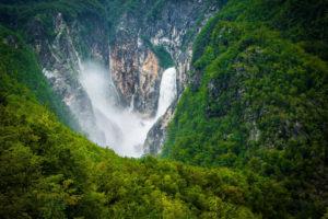 Водопад Бока - это самый большой водопад в Словении.