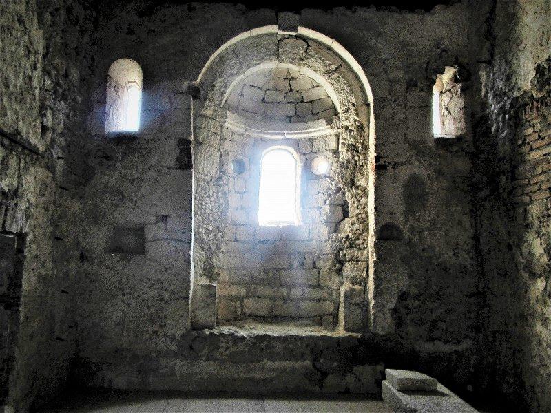 Подземелье в замке Подсреда