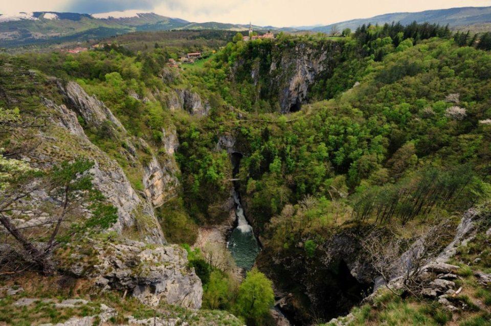 Парк Шкоцианские пещеры