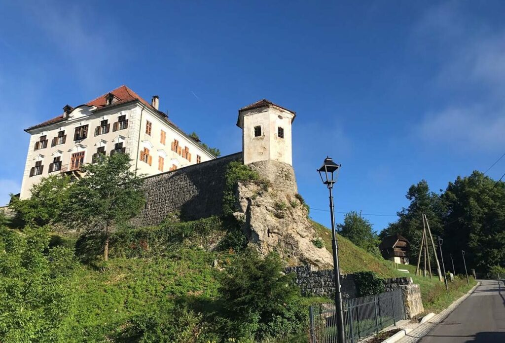 Камник, замок Заприце