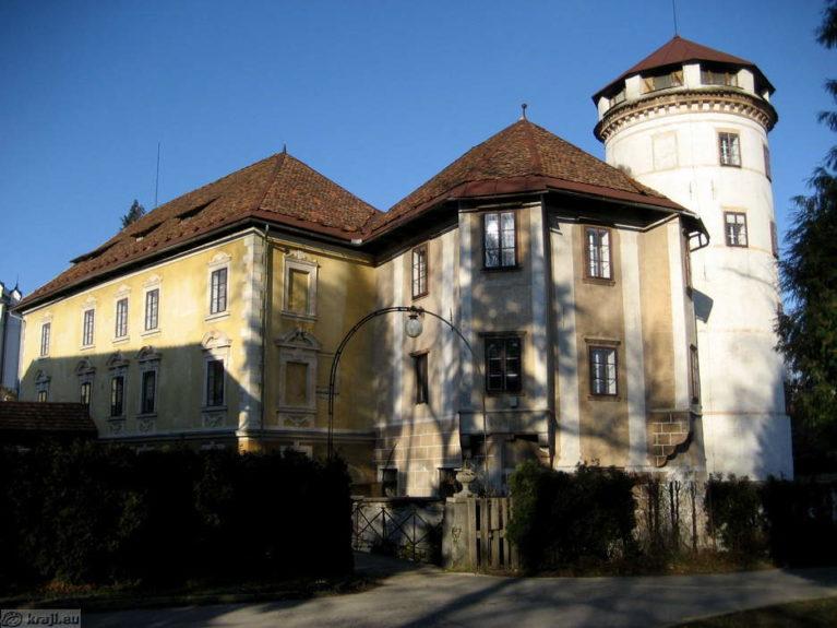 Замок Страхл
