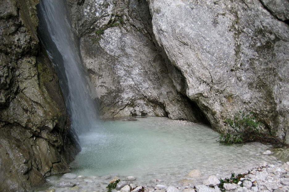 Водопад Орглице
