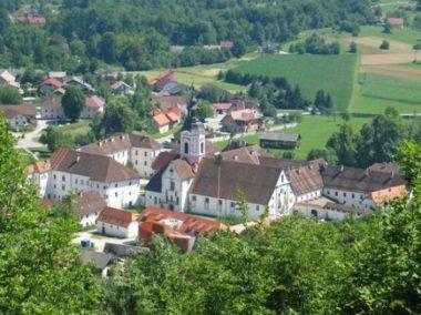 Монастырь в Стичне