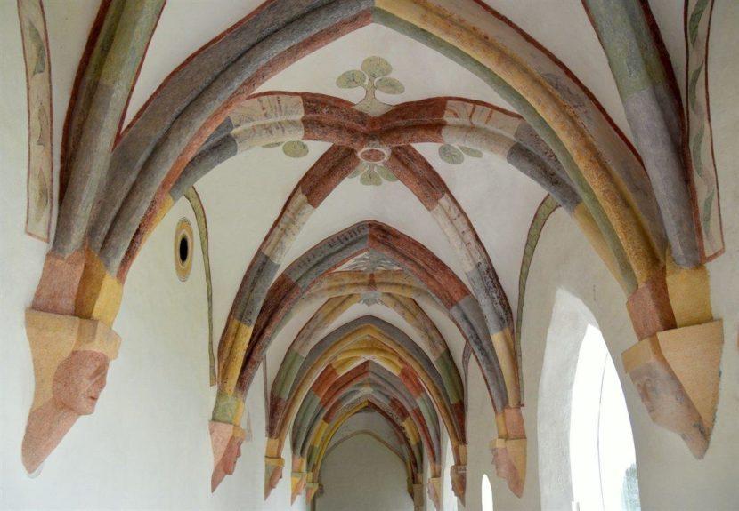 Крестовый коридор в Стичне