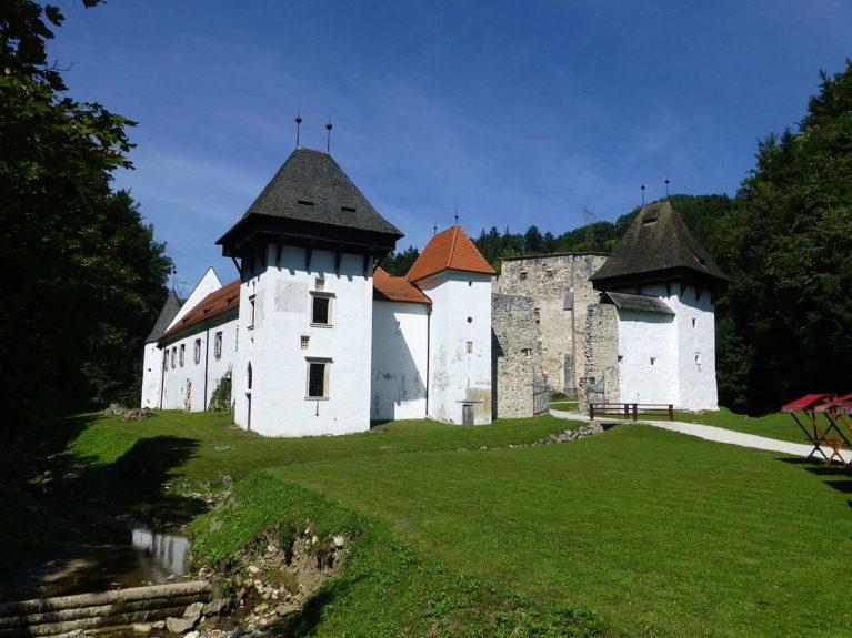 Жичка Картузия - картезианский монастырь