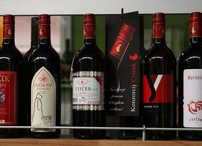 Словенское вино Цвичек в магазине