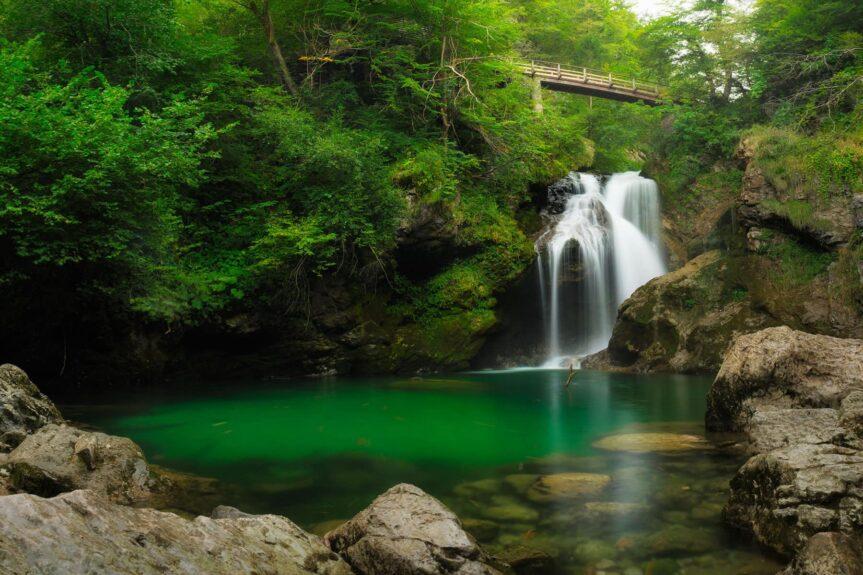 Водопад Шум в ущелье Винтгар