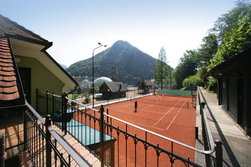 Теннисный корт в отеле Penzion Park