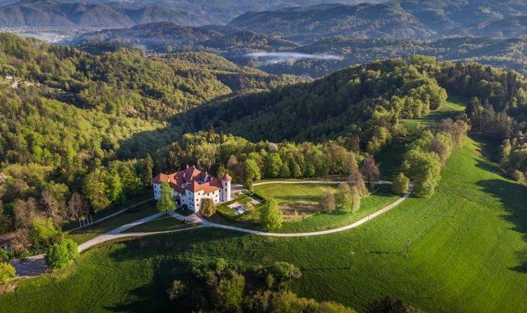 Замок Богеншперк и Словения