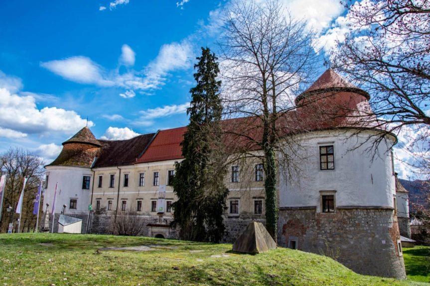 Замок Словении Брежице
