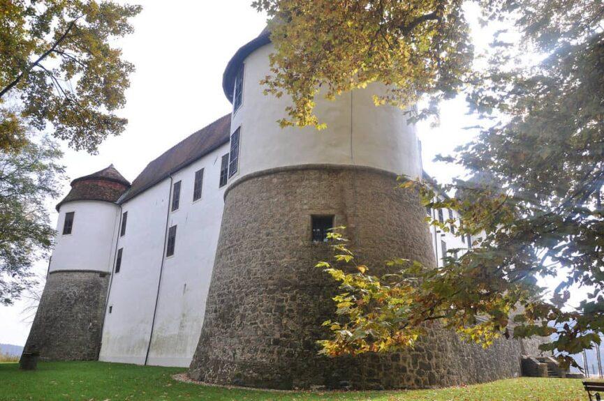 Средневековый замок Севница, Часть старой замковой стены