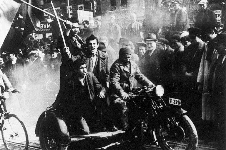 Протесты против Берлинского пакта в Югославии