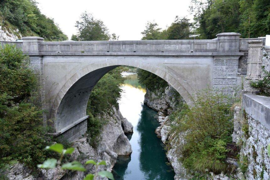 Мост Наполеона через реку Соча