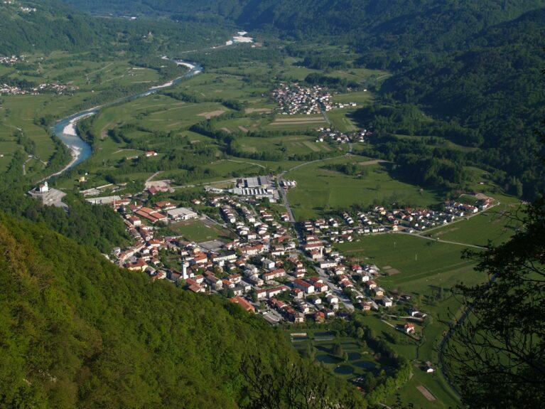 Словенский город Кобарид