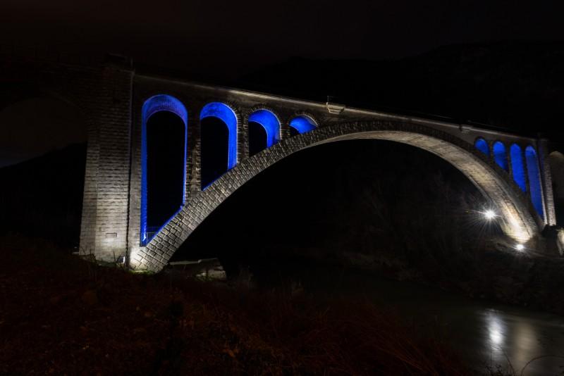 Солканский мост с подсветкой