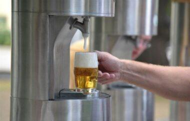 Фонтан пива в Словении