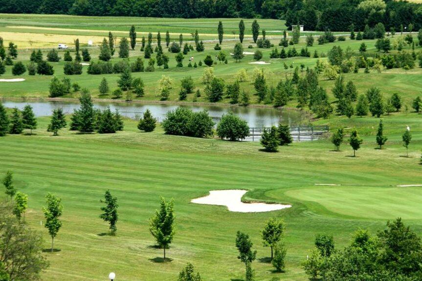 Моравске Топлице, гольф-центр Ливада