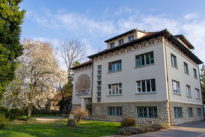 Институт хмеля в Жальце