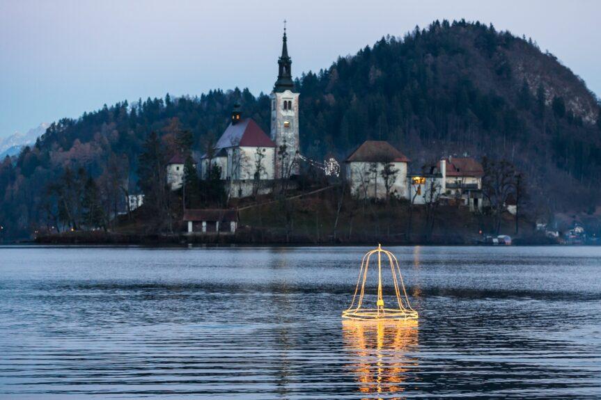 Легенда об утонувшем колоколе