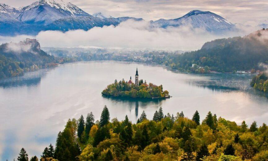 Блед Словения туман