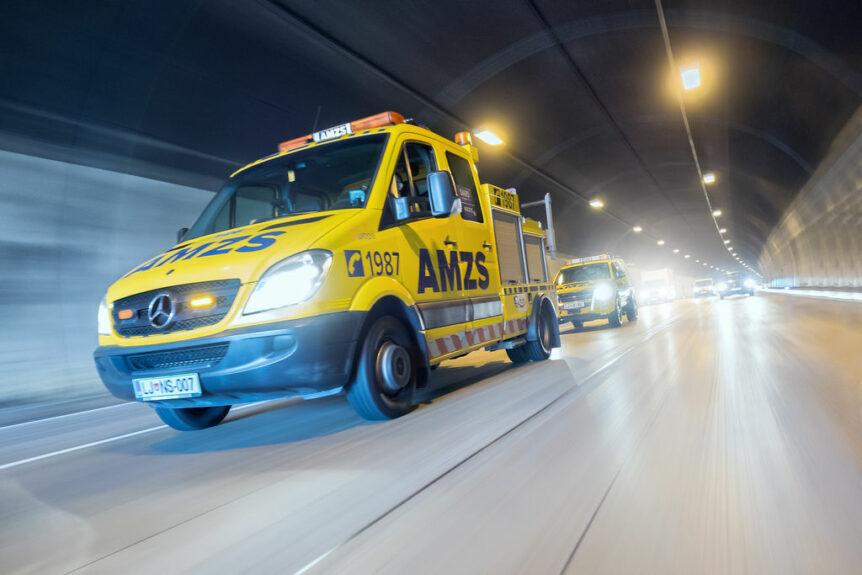 Помощь на дорогах Словении