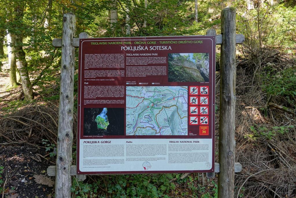 Указатели маршрутов по Поклюкскому ущелью