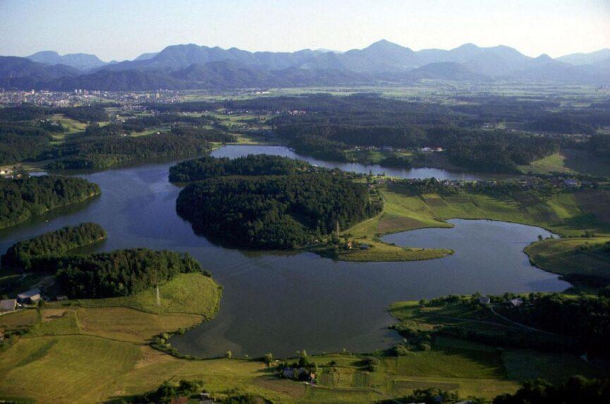 Шмартинское озеро у Целье
