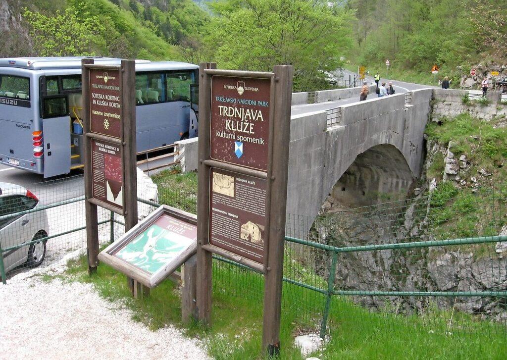 Мост через каньон Коритницы
