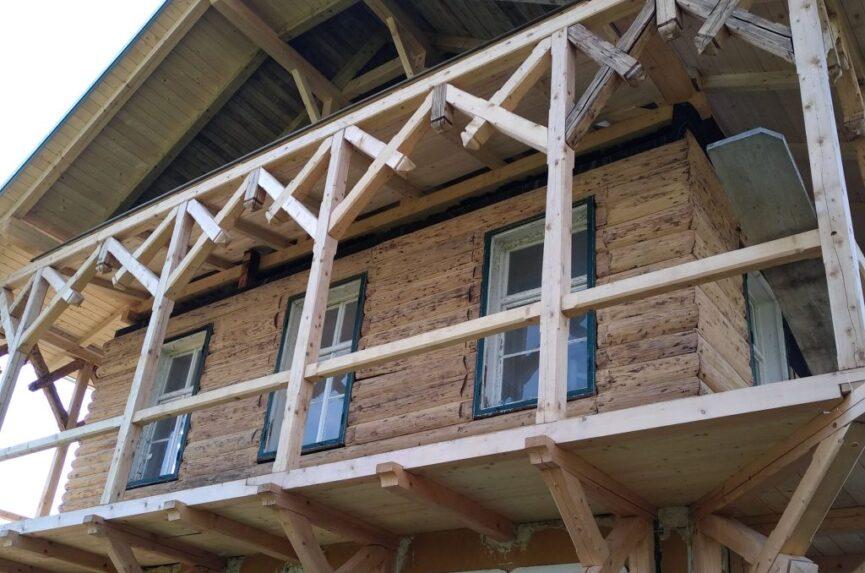 Реконструкция балкона на Русской даче