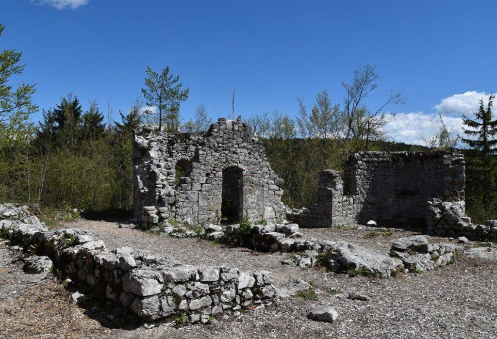 Руины церкви св. Касьяна
