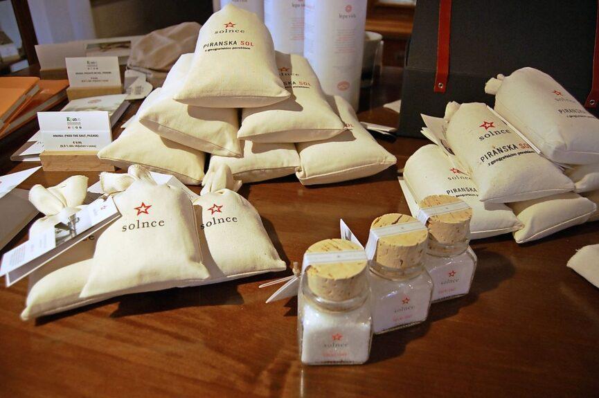 Пиранская соль в специализированном магазине