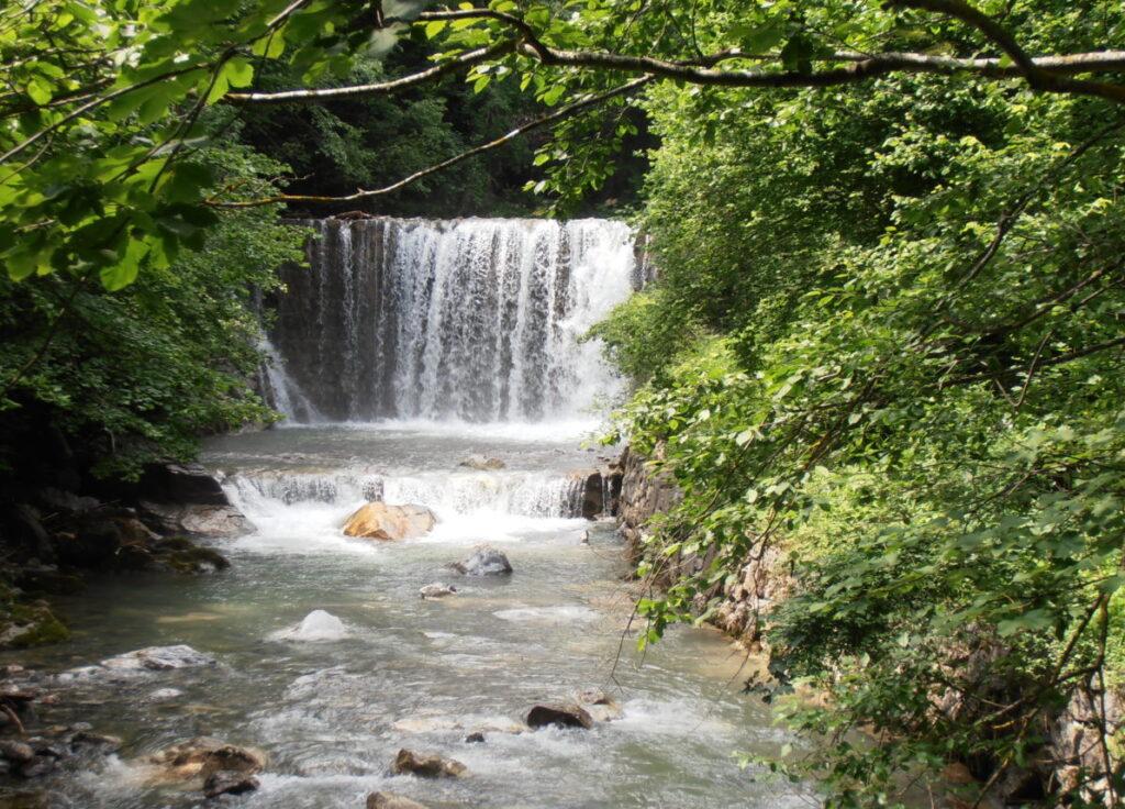 Водопад в Довжановом ущелье