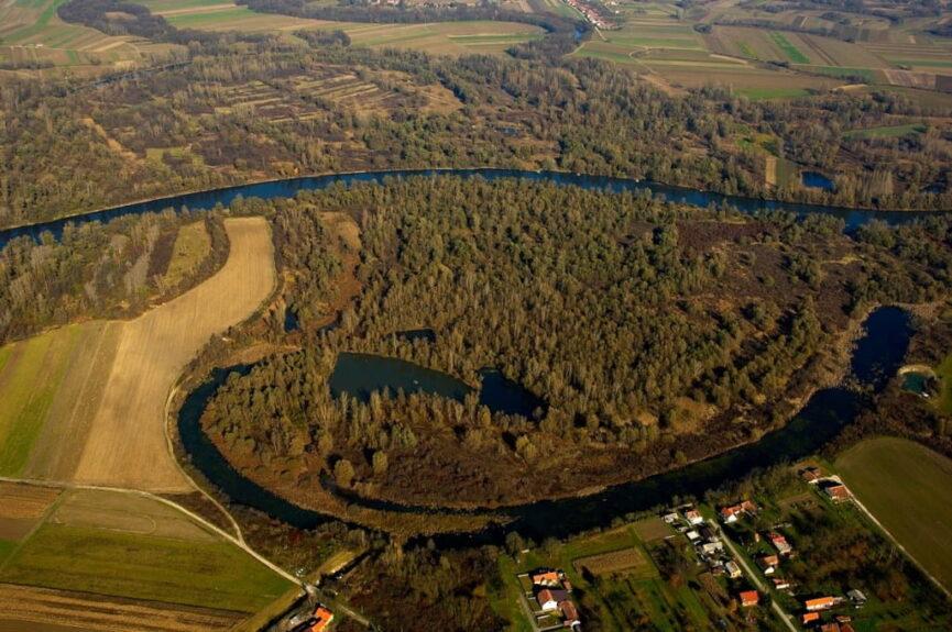 Река Мура в Словении