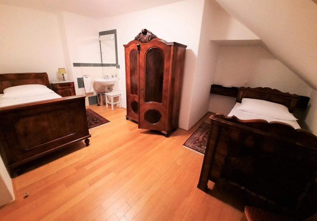 Спальня замка Стрмол
